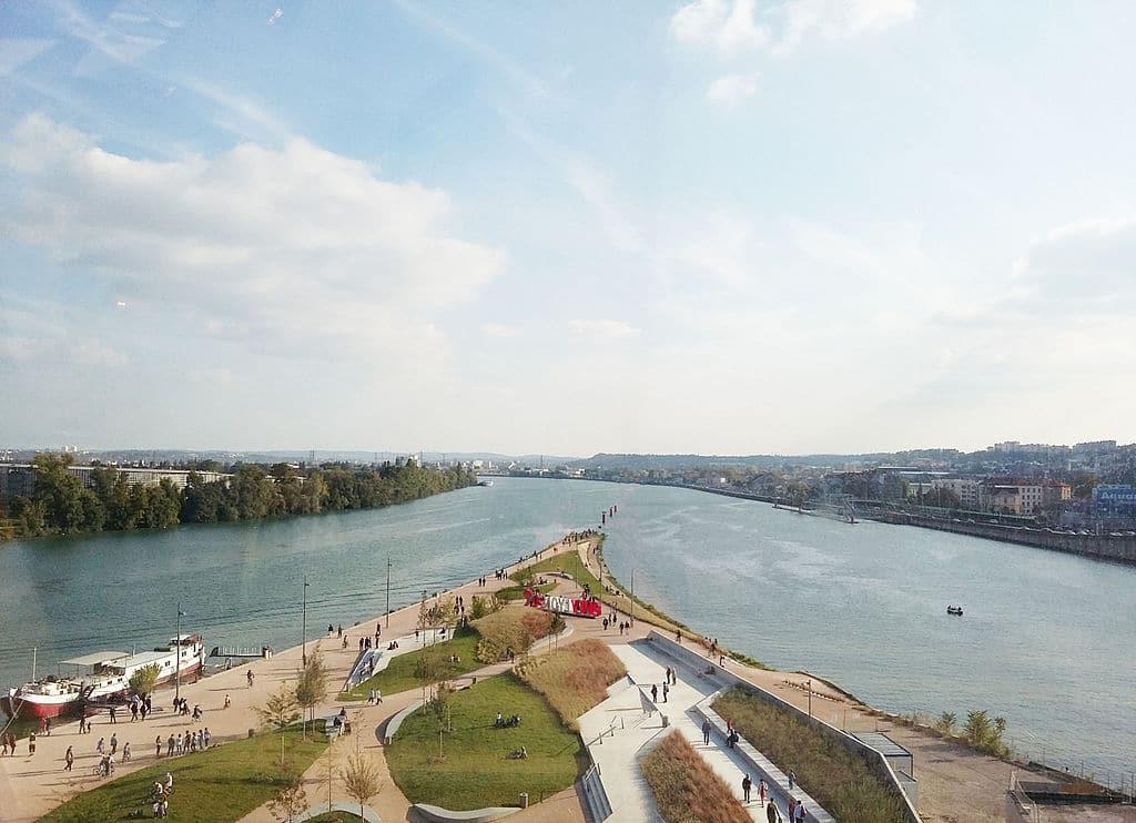Confluent du Rhône et de la Saône, le bout de la Presqu'ile de Lyon et du quartier de la Confluence - Photo de Prométhée