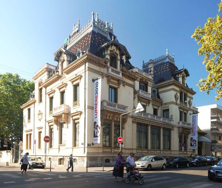Institut Lumière à Lyon dans une belle villa Art Nouveau du quartier Montplaisir Lumière - Photo de Matt Neale