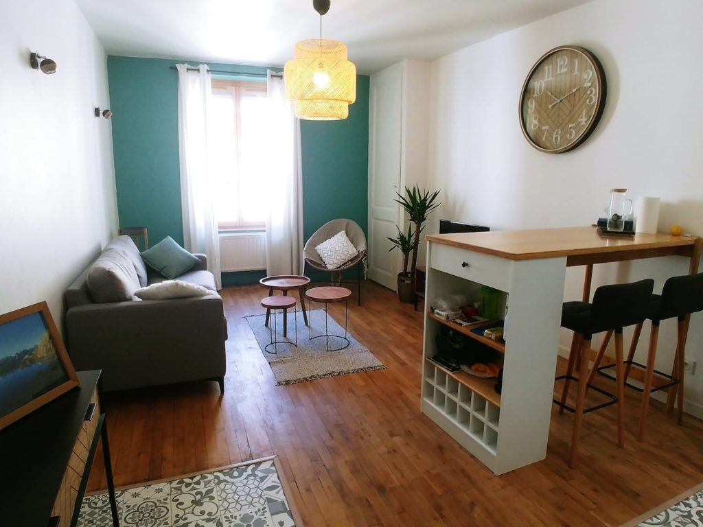 Airbnb à Lyon : Location d'appartement joli et charmant.
