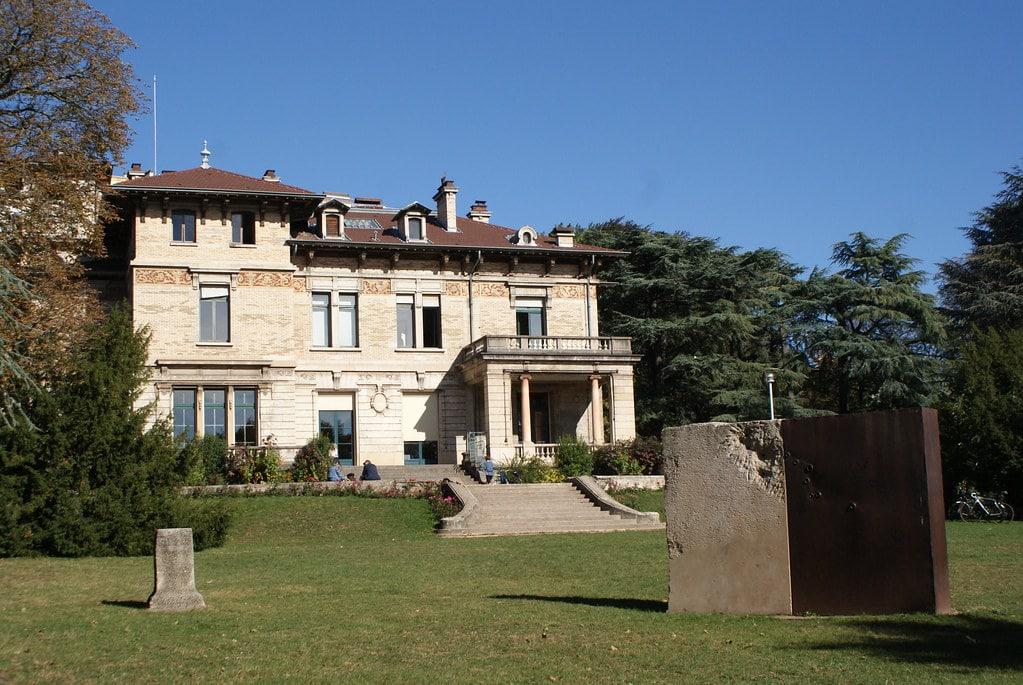 Villa Gillet dans le Parc de la Cerisaie dans le quartier de la Croix Rousse à Lyon.