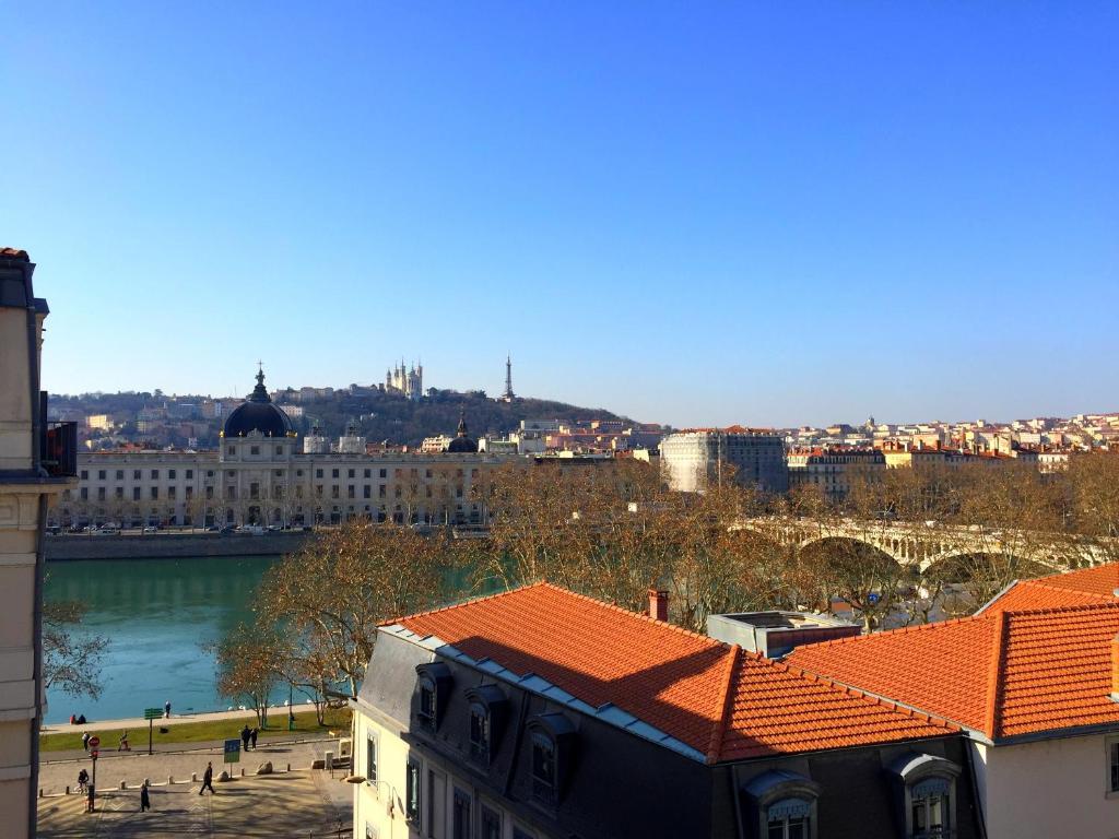 Vue depuis l'Hotel Best Western du Pont Wilson à Lyon