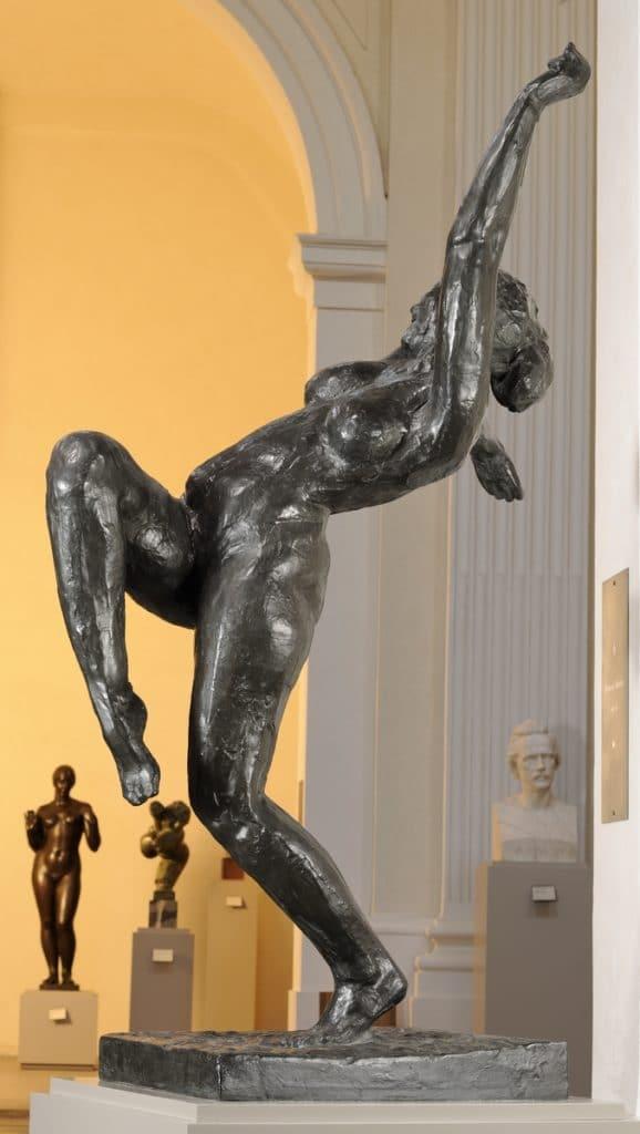 """Sculpture """"La folle danseuse"""" par Wouters Rik (1912) au Musée des Beaux Arts de Lyon."""