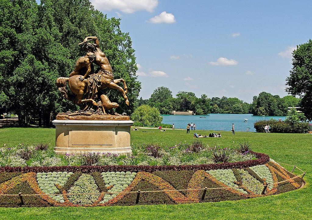 Vue sur le lac du Parc de la Tête d'Or à Lyon - Photo de Phinou