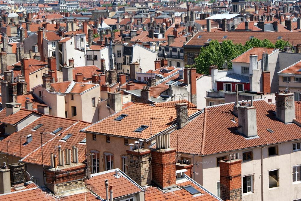 Vue sur le quartier des Terreaux depuis la place Rouville à Lyon.
