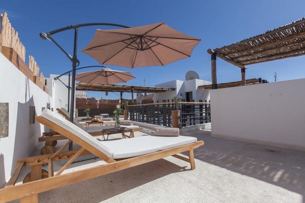 Airbnb à Marrakech : Riad contemporain dans la Médina.