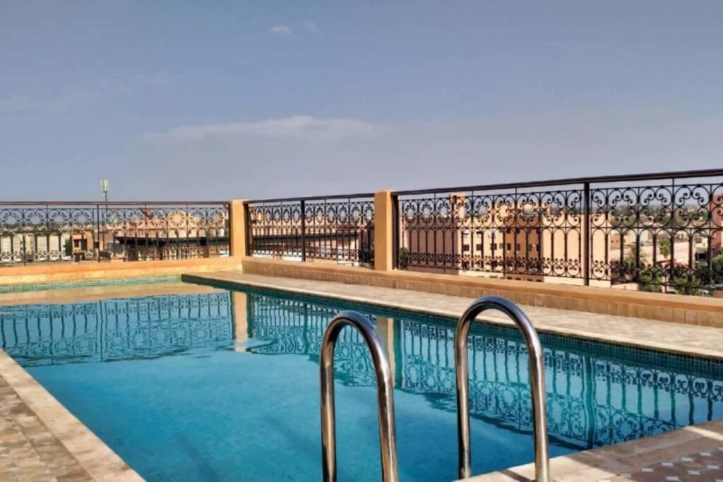 Airbnb à Marrakech : Appartement en location avec piscine.