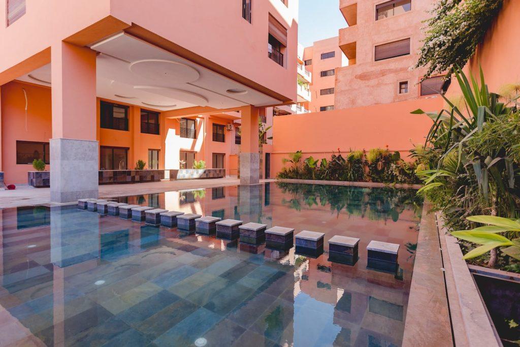 Airbnb à Marrakech dans la ville moderne.