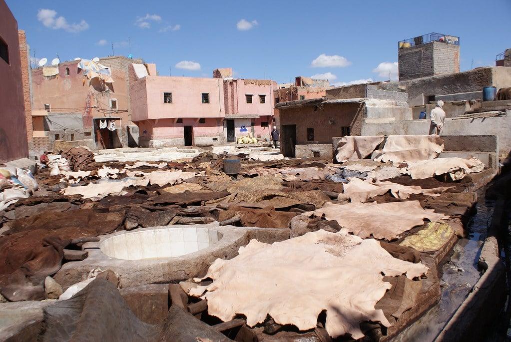 Tanneries dans la Médina de Marrakech.