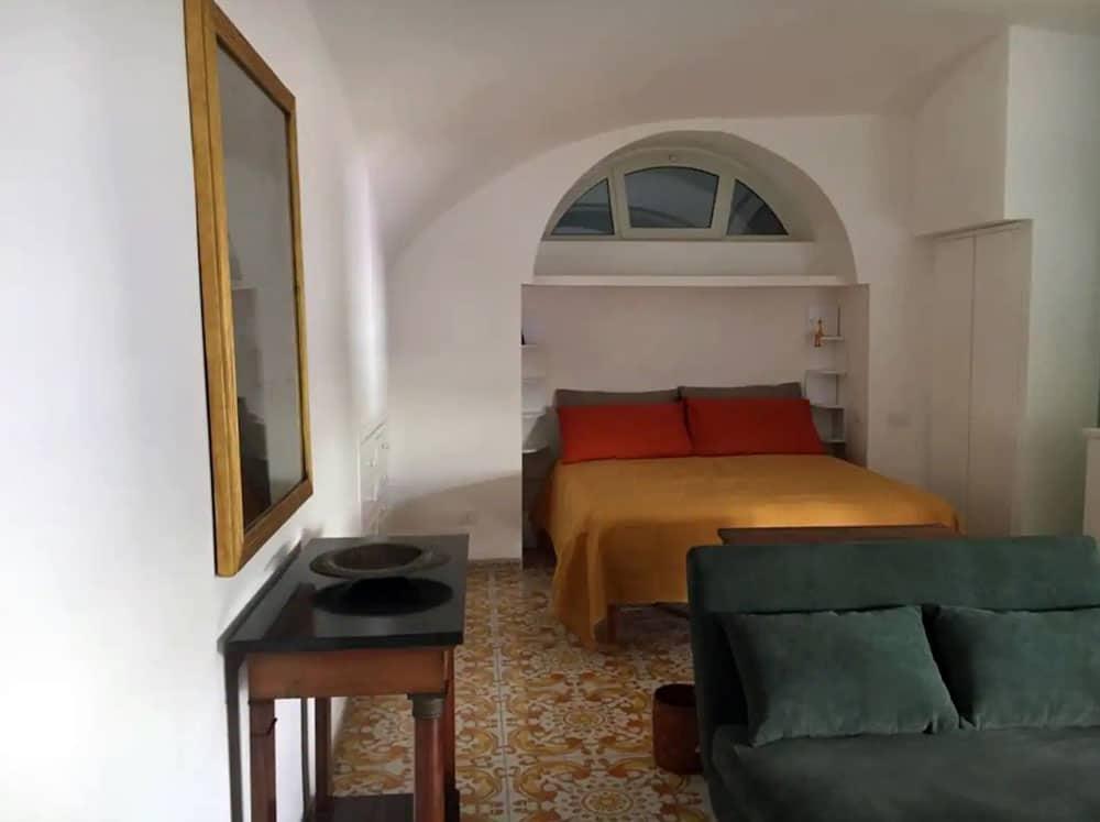 Airbnb à Naples : Appart en location près de la mer.