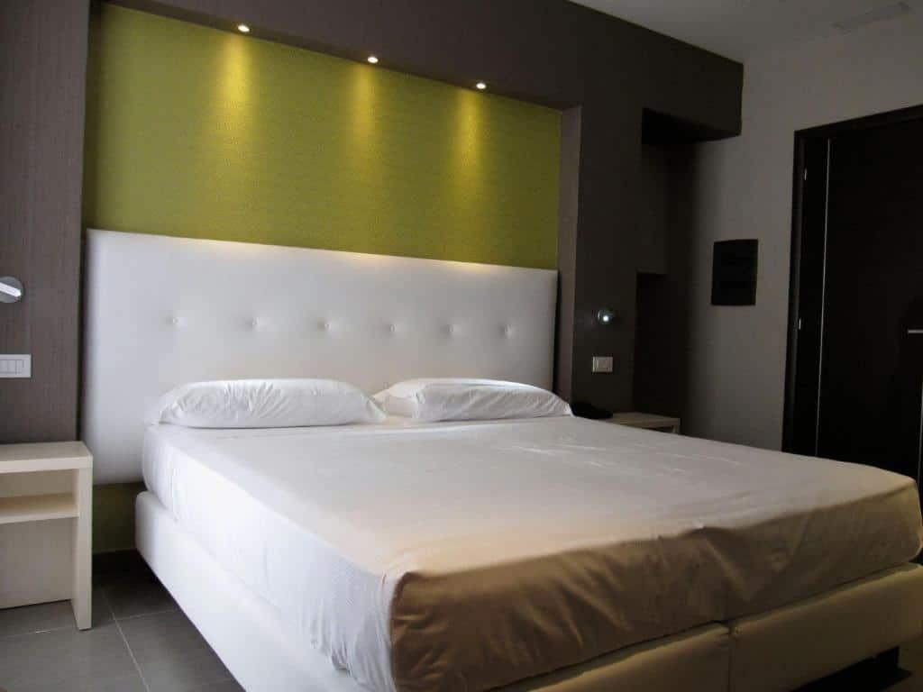 Napolit'amo Hotel Medina, hotel à Naples.