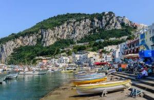 Ile de Capri près de Naples