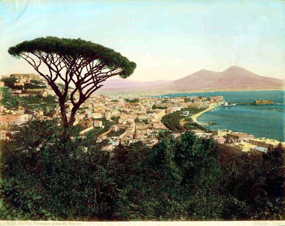 Vue sur Naples depuis les hauteurs de Mergellina / Posillipo - Photo de Giacomo Brogi