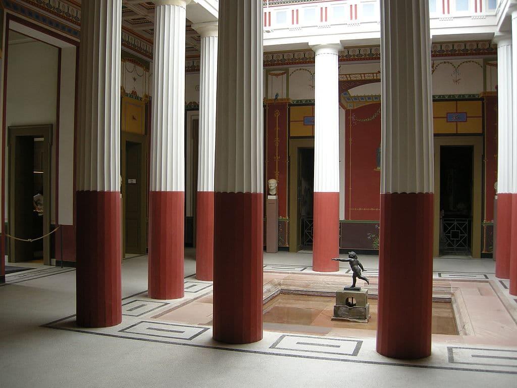 Atrium d'une maison de Pompéi - Photo de Lutz Hartmann