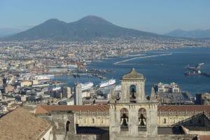Quartier du Vomero à Naples : Panorama et modernité