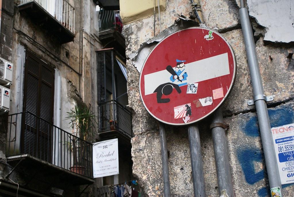 Street art à Naples : Banksy, BLU et les autres