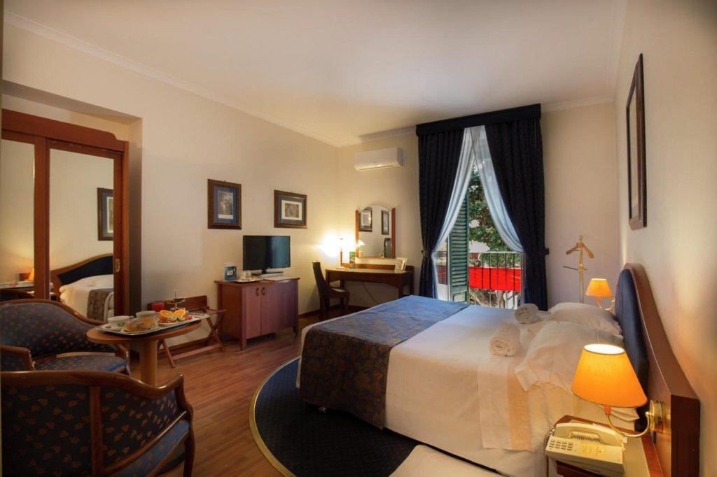Massimo Plaza Hotel : Hotel de luxe à Palerme.