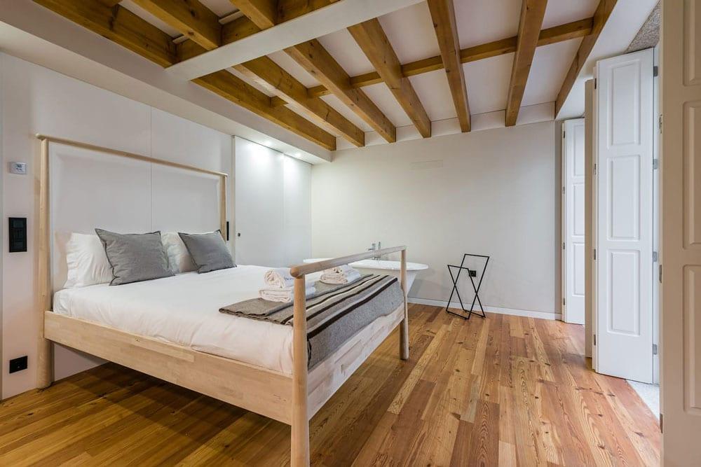 Airbnb à Porto : Appartement contemporain en location.