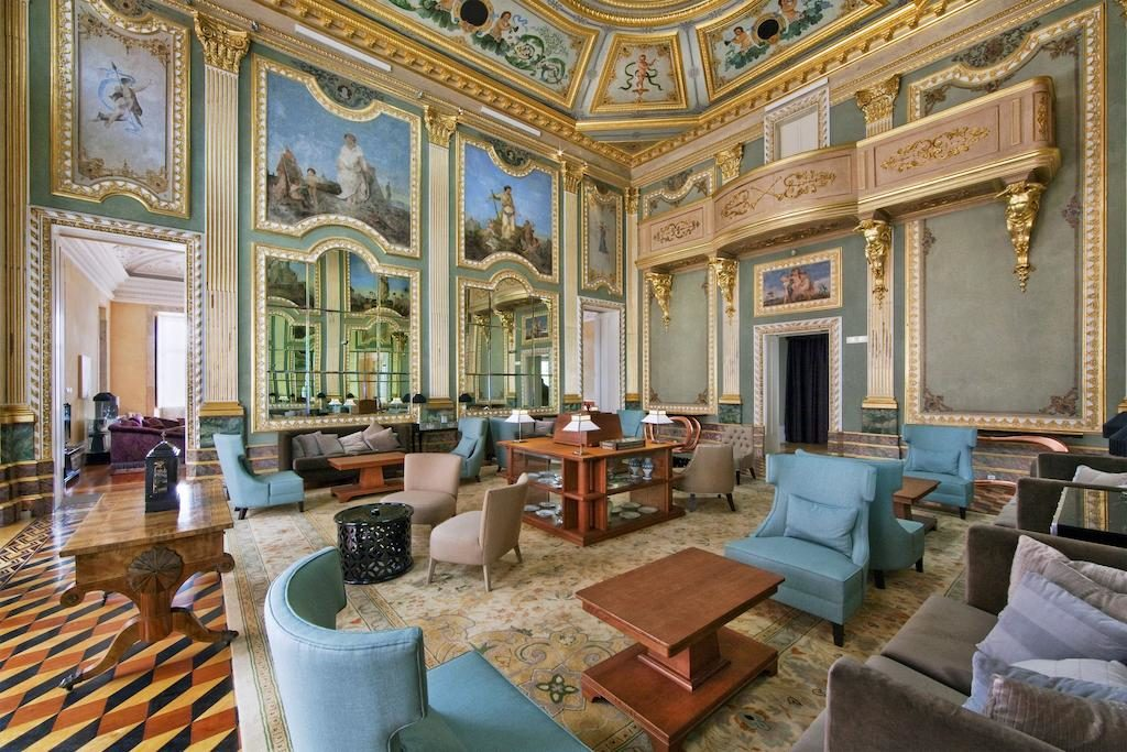 Hôtel de luxe à Porto dans le palais baroque du Pestana Palácio do Freixo.