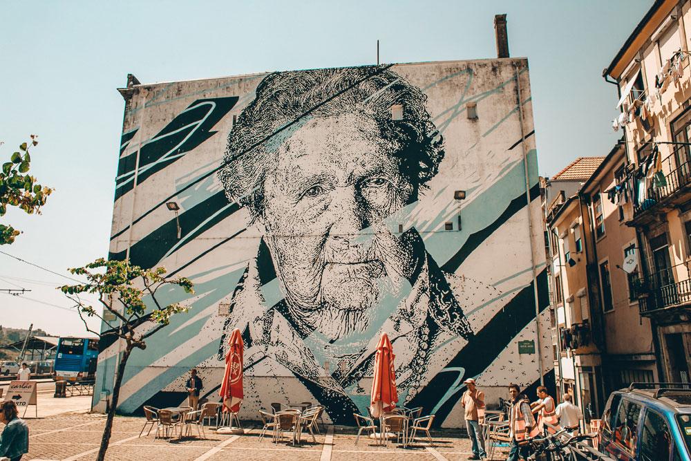 Street art à Porto - Photo d'Eugene Zhyvchik