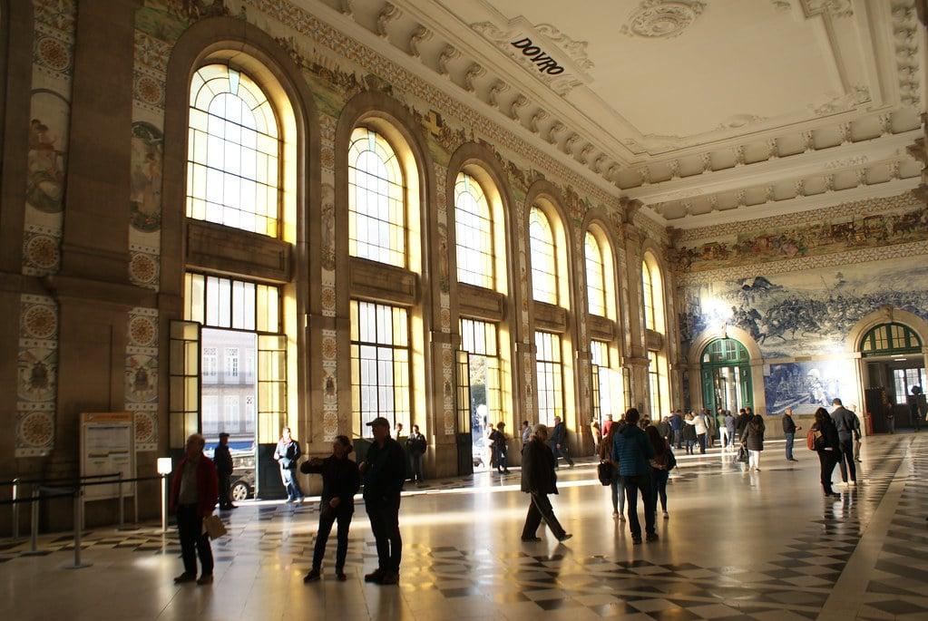 Hall des voyageurs de la Gare de Porto-São Bento