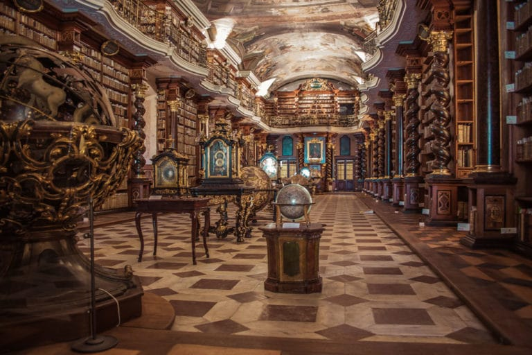 Bibliotheque du Clementinum dans le centre historique de Prague - Photo de Jonathan Francisca