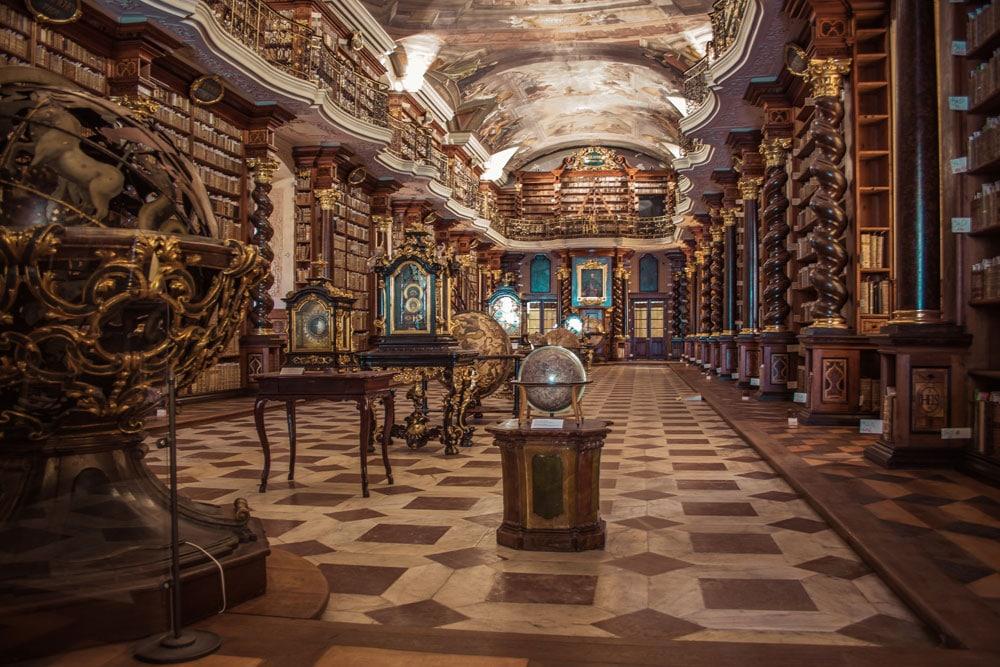 Bibliotheque du Clementinum dans le centre historique de Prague - Photo de Jonathan Francisca