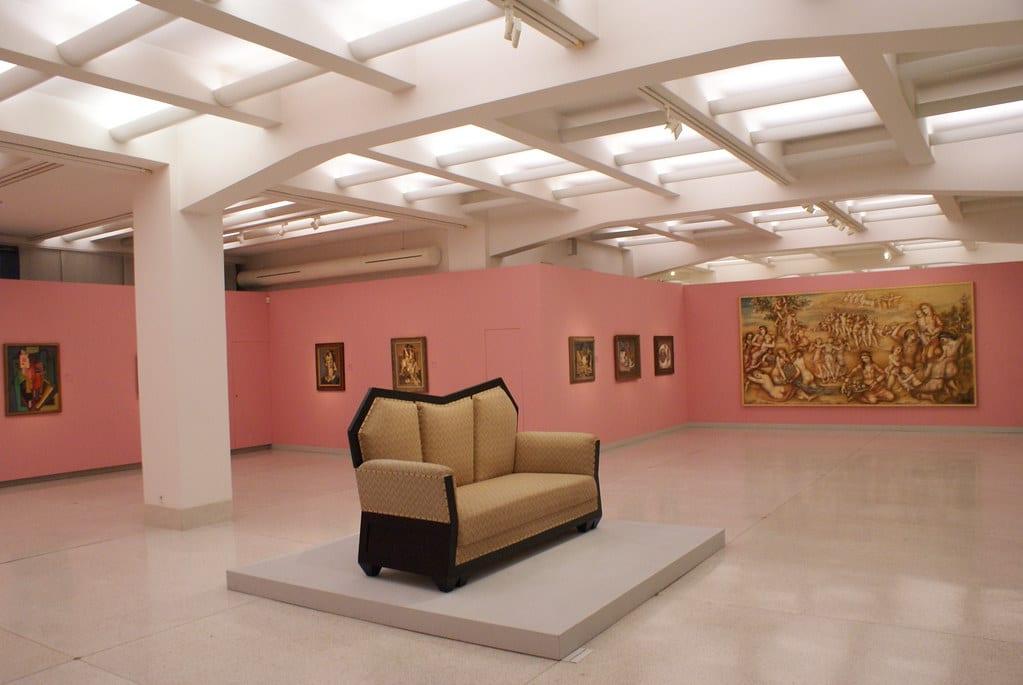Dans le Musée d'Art Moderne de Prague (Veletržní palác) du quartier de Holesovice.