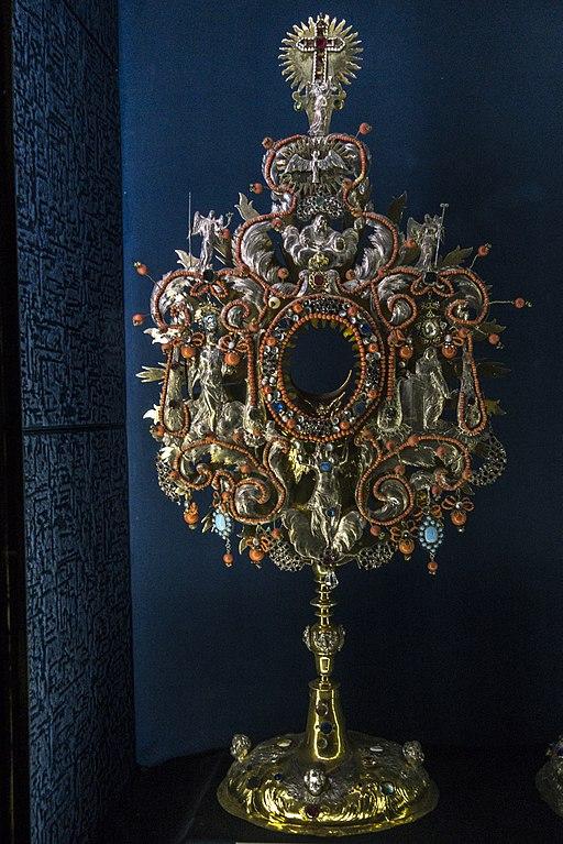 Dans le trésor de Notre Dame de Lorette dans le quartier de Hradcany à Prague - Photo de Jerzy Strzelecki