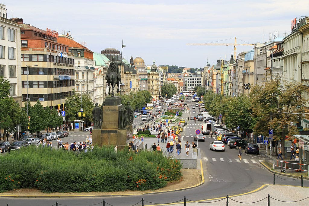 Place Venceslas dans la Nouvelle Ville (Nove Mesto) à Prague. Photo de Peter Stehlik - PS-2507