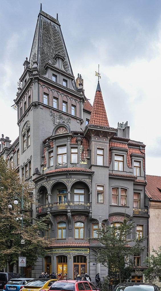 Immeuble de la rue Paryska sur l'ancien ghetto juif de Josefov à Prague - Photo de Bengt Nyman