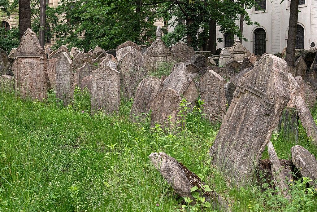 Dans le cimetière juif de Josefov à Prague - Photo de Giorgio Galeotti