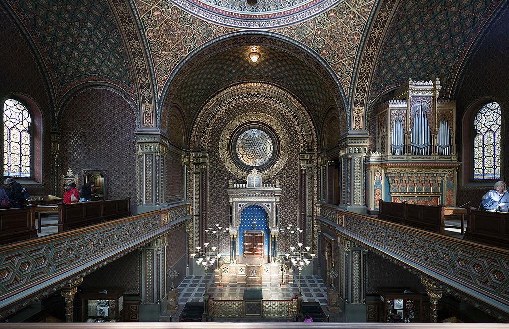 Dans la synagogue espagnole de l'ancien quartier juif de Josefov à Prague - Photo de Thomas Ledl