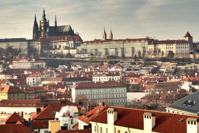 Vue depuis l'observatoire astronomique du Clementinum dans la Vieille Ville de Prague