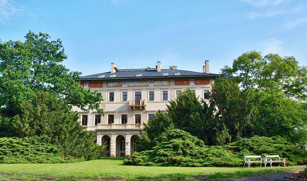 Vila Gröbovka dans le parc Havlickovy Sady, quartier de Vinohrady à Prague - Photo VitVit