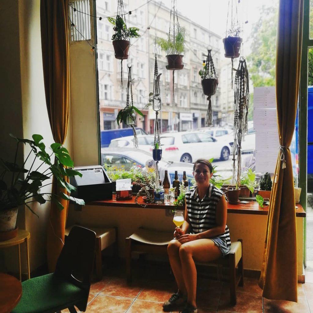 Bar à bière Lya Beer Café Café V Lese dans le quartier de Vinohrady à Prague