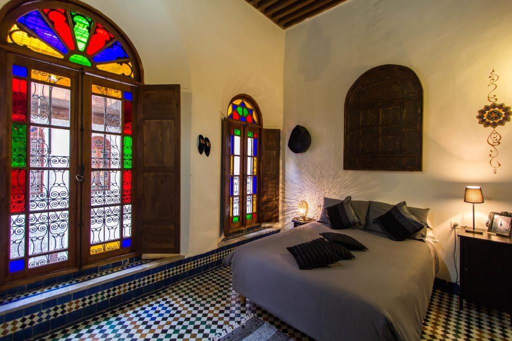 Chambre à un prix abordable au Riad Dar Nejma à Fes.