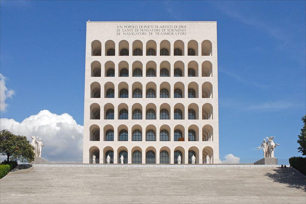 Palazzo della civiltà del lavoro ou Colisée carré dans le quartier de l'EUR à Rome - Photo de Jean Pierre Dalbéra