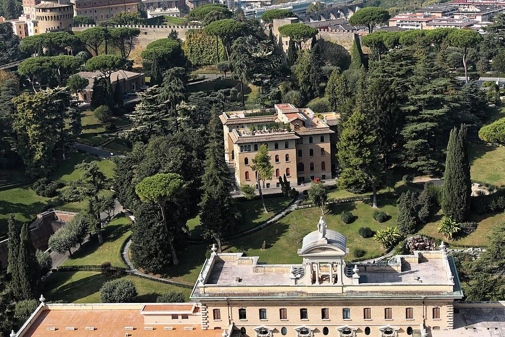 Vue sur les jardins du Vatican à Rome. Photo de Burkhard Mücke