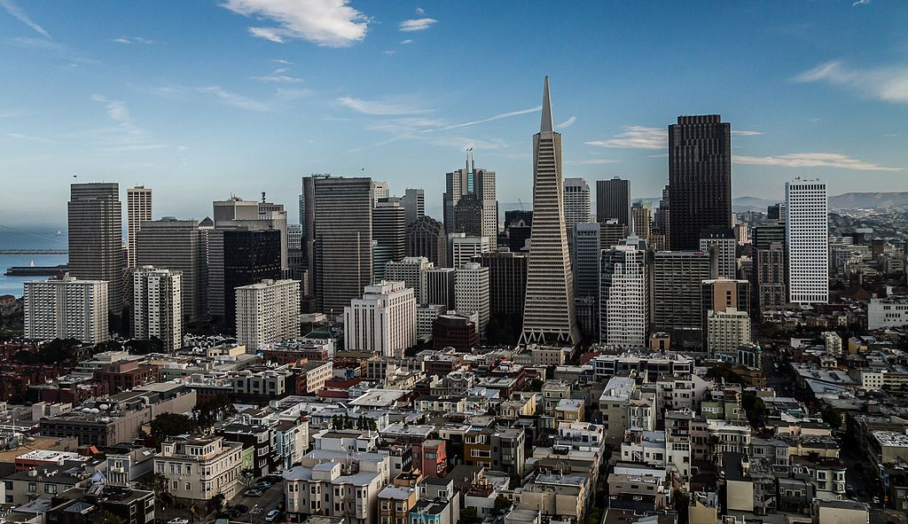 Vue sur le quartier de Financial District depuis la Coit Tower à San Francisco - Photo de Stephen Edmonds