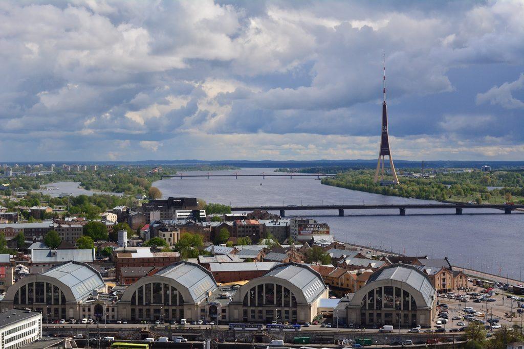 Venir en Lettonie : Vue sur Riga