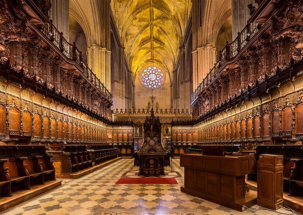 Choeur de la Cathédrale de Séville – Photo de Diego Delso, delso.photo, License CC-BY-SA