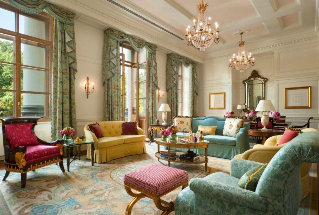 Hotel de luxe à Saint Petersbourg : Four Seasons Hotel Lion Palace.