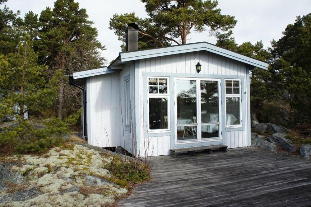 Chalet en bois sur l'une des îles de l'archipel de Stockholm.