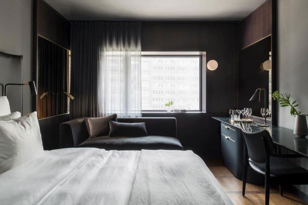 Dans l'hotel de luxe At Six à Stockholm.