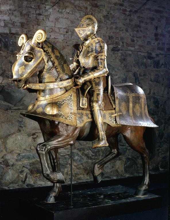 Armure du roi de Pologne Zygmunt August II pillé et visible dans l'armurie royale de Stockholm