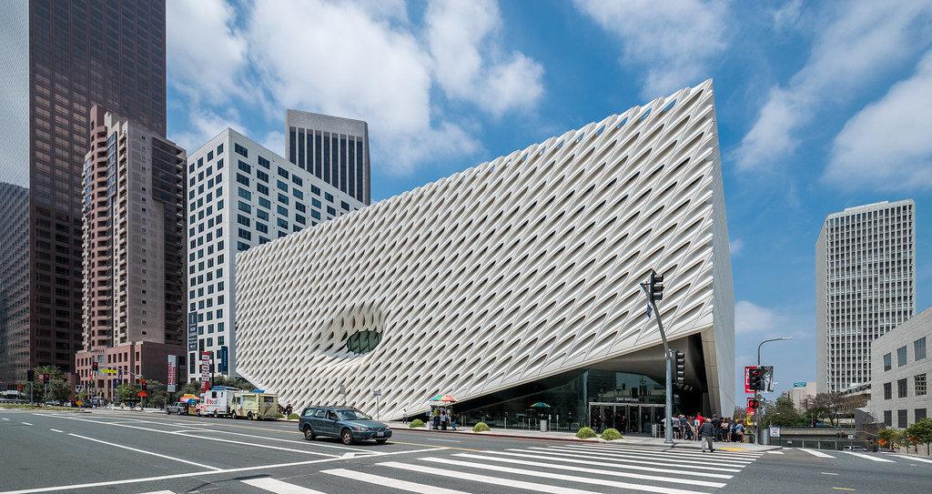 Batiment du musée d'art contemporain The broad museum à Los Angeles - Photo de Maciek Lulko