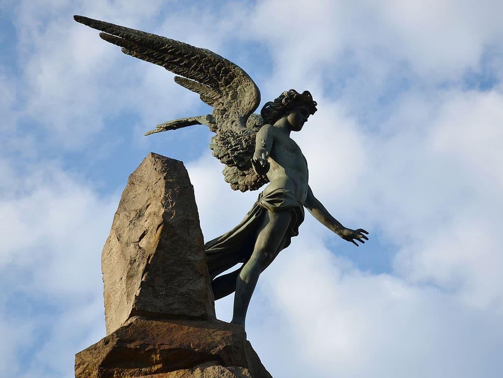 Statue de la Piazza Statuto à Turin en l'honneur des ouvriers tombés lors de la construction du tunnel de Fréjus.