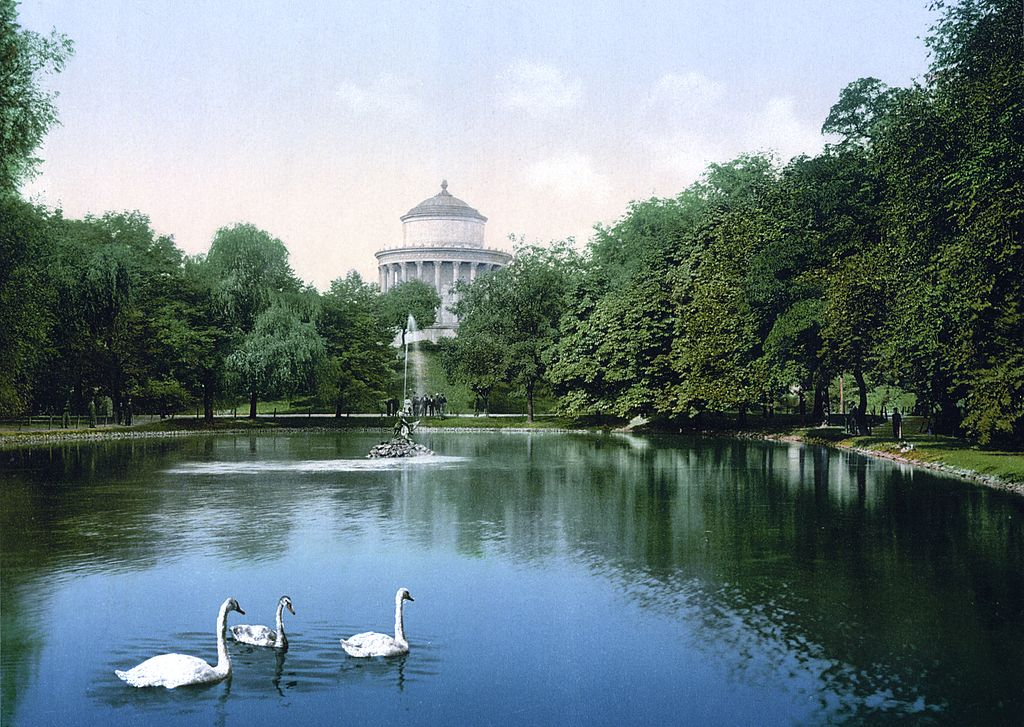 Ogrod Saski ou jardin de Saxe dans le centre de Varsovie vers 1900.