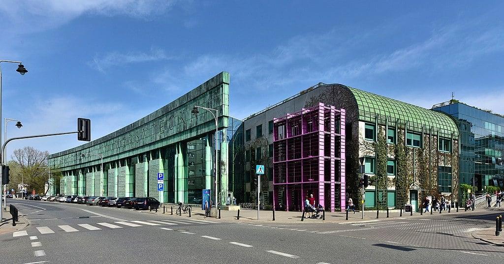 Bibliothèque Universitaire de Varsovie dans le quartier de Powisle - Photo d'Adrian Grycuk