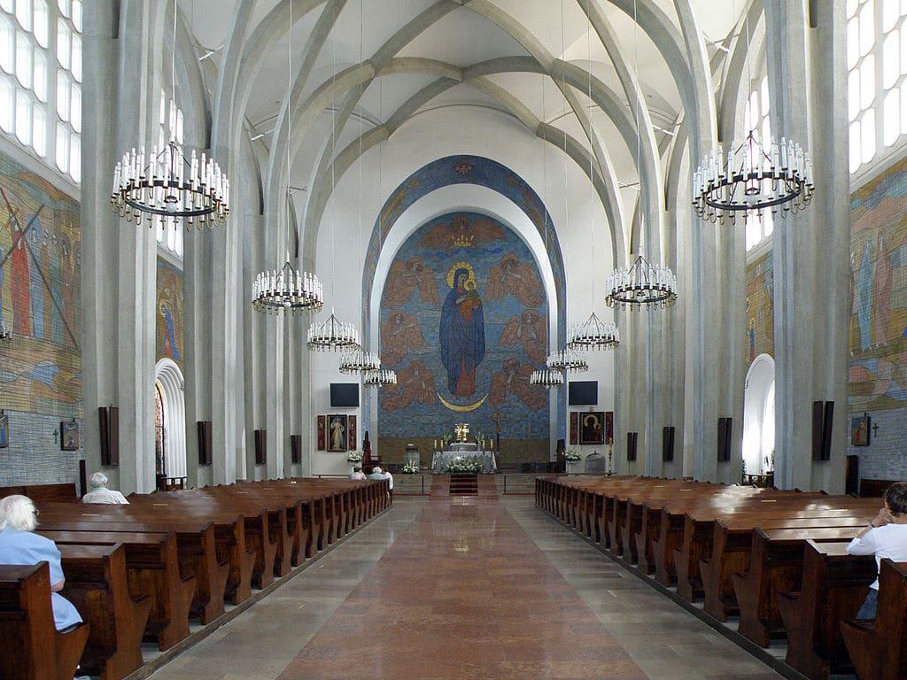 Église catholique Notre-Dame du Perpétuel Secours de Varsovie - Photo d'Alina Zienowicz
